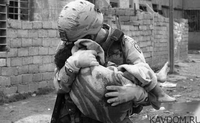 Будь проклята война и те , кто ее делают.